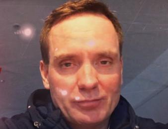 Björn Goop est un driver-entraîneur suédois